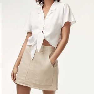 Aritzia - Wilfred Front Tie Blouse